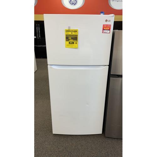 Treviño Appliance - LG Top-Freezer Refrigerator (White)