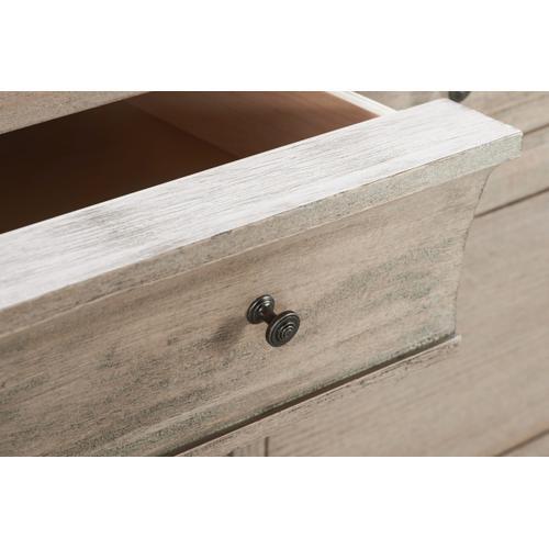 A.R.T. Furniture - Artiste Jordan 8 Drawer Dresser