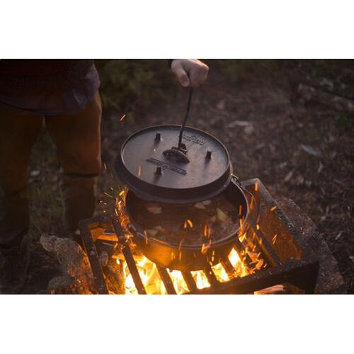"14"" Cast Iron Deluxe Dutch Oven"