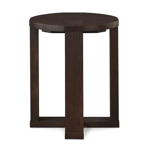 Gallery - Salem Oak Round End Table