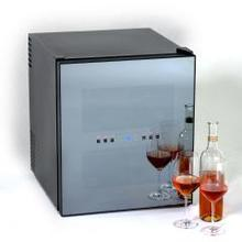 Model EWC1600M - SUPERCONDUCTOR 16 Bottle Wine Chiller