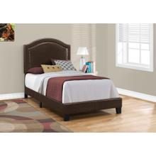 BED - TWIN SIZE / BROWN LEATHER-LOOK WITH BRASS TRIM