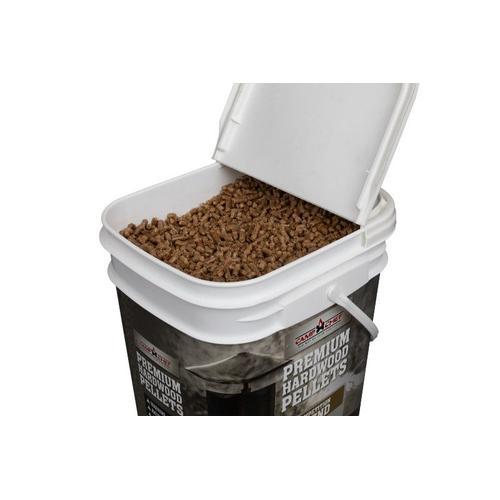 Competition Blend Pellet Bucket