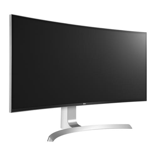 34'' IPS WQHD UltraWide™ Curved Monitor (3440x1440) with USB Type-C™, USB 3.0 Quick Charge, FreeSync™, Flicker Safe, Black Stabilizer & Game Mode