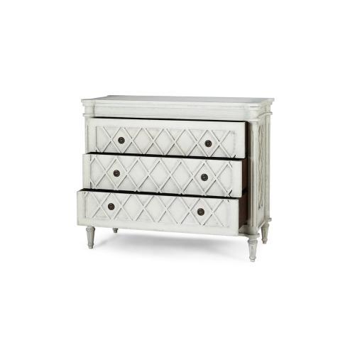 Kelly Dresser