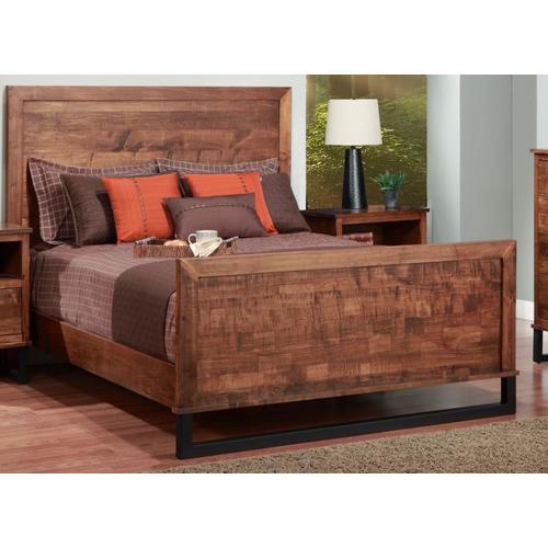 "Handstone - Cumberland Double Bed With Wood Headboard & 31"" High Footboard"