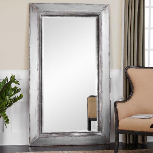 Lucanus Mirror