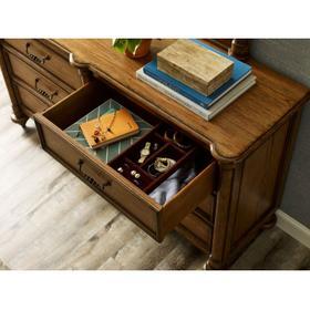 Mayview Dresser