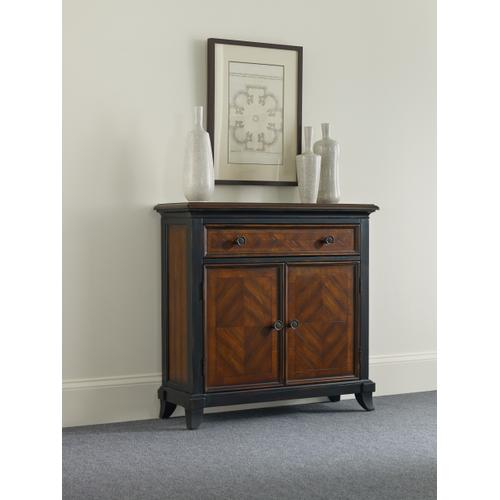 Product Image - Wingate One-Drawer Two-Door Chest