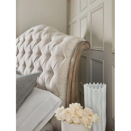 Product Image - Castella California King Tufted Bed