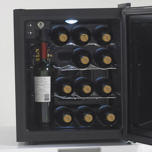 Wine Chiller Preserver / Dispenser