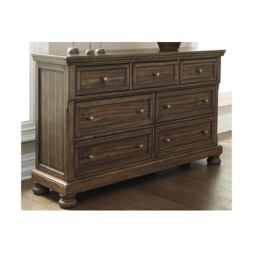 Flynnter Dresser Medium Brown