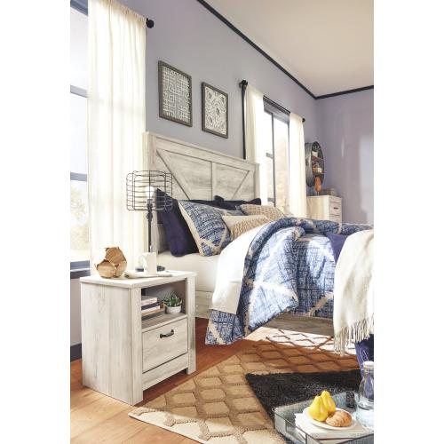 Signature Design By Ashley - Bellaby King Crossbuck Panel Bed