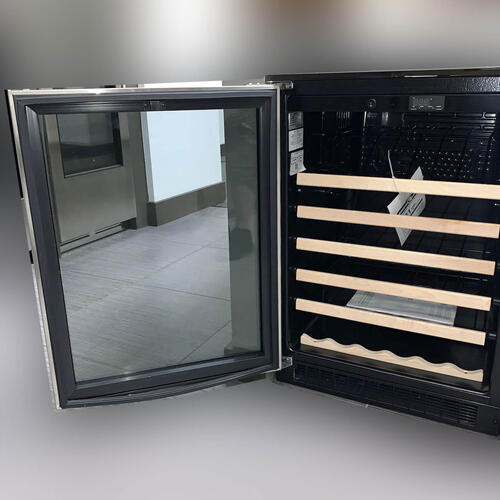 "24"" Single Zone Wine Refrigerator"