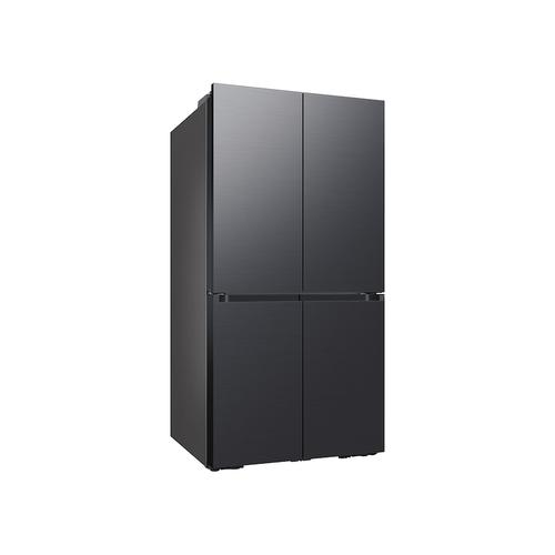 29 cu. ft. Smart BESPOKE 4-Door Flex™ Refrigerator with Customizable Panel Colors in Matte Black Steel