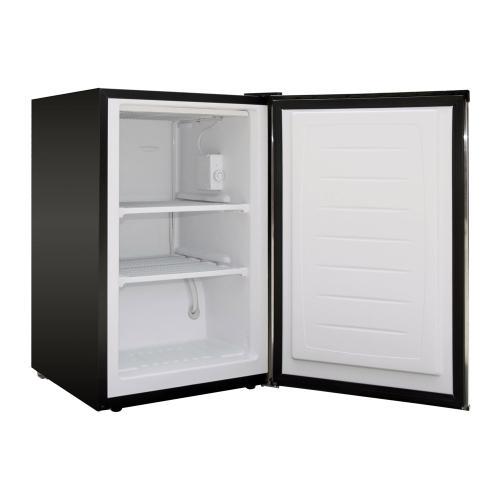Magic Chef - 3.0 cu. ft. Upright Freezer