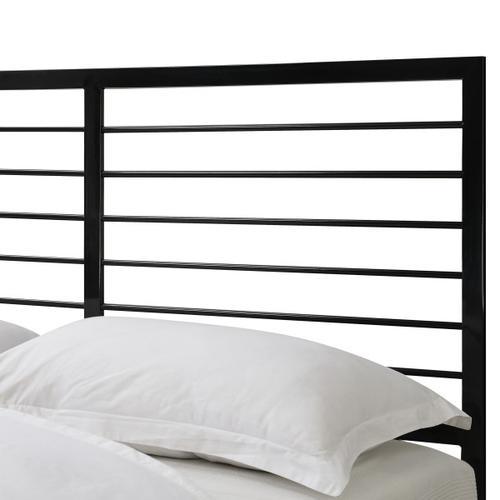 Modern Design Queen Metal Bed in Black