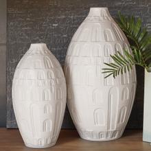 Coliseum Vase-Matte White-Med