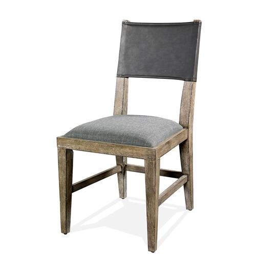 Riverside - Milton Park - Upholstered Chair - Primitive Silk Finish