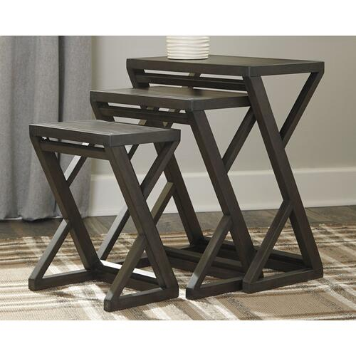 Signature Design By Ashley - Cairnburg Accent Table (set of 3)