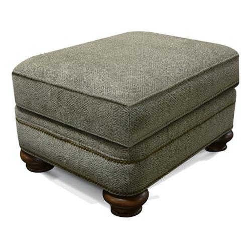 5Q07N Reed Ottoman with Nails