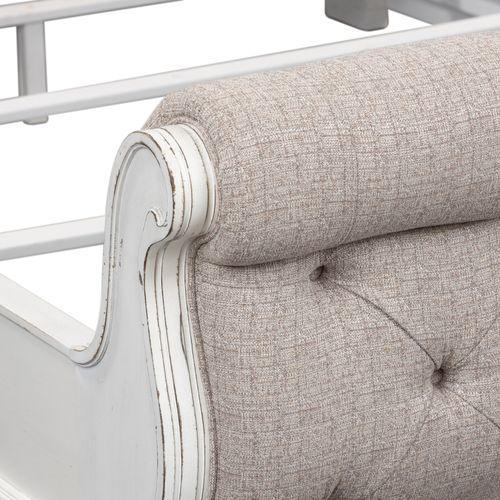 Liberty Furniture Industries - King Uph Sleigh Footboard