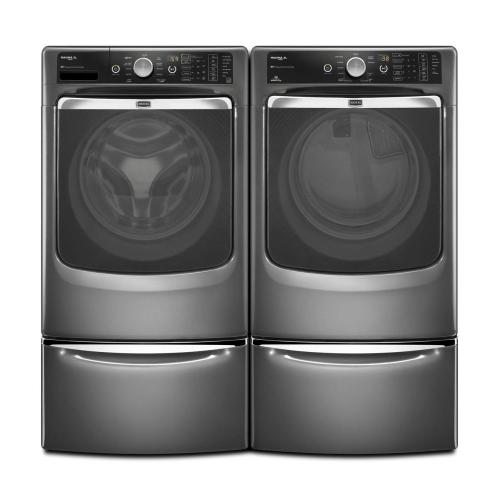 Maxima XL® Front Load Steam Washer with the PowerWash® cycle