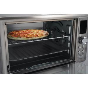 Danby 0.9 cu ft/25L Convection Toaster Oven with Air Fry Technology, Digital LCD Display