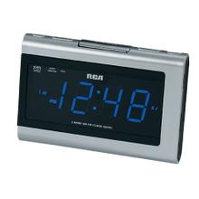 Dual Wake AM/FM clock radio with MP3 audio input