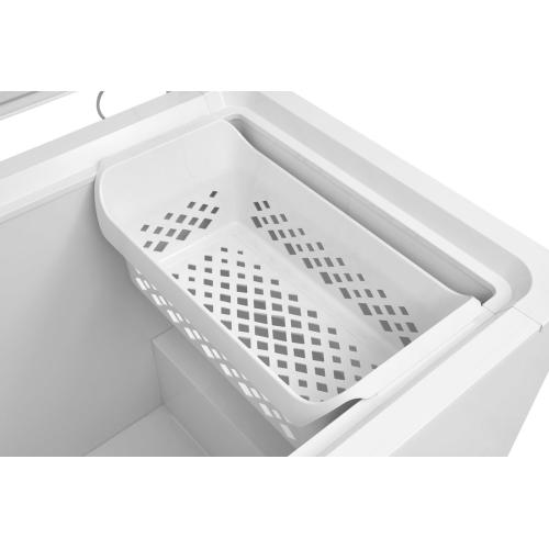Crosley - Crosley Chest Freezer : Chest Freezer - White