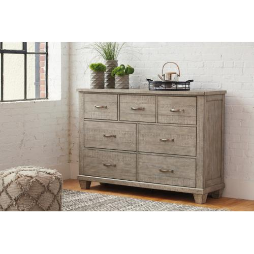 California King Panel Bed With 2 Storage Drawers With Dresser