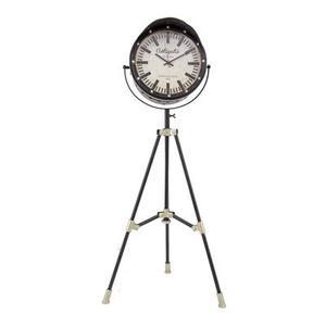 Yosemite Home Decor - Pendulum Tripod Clock