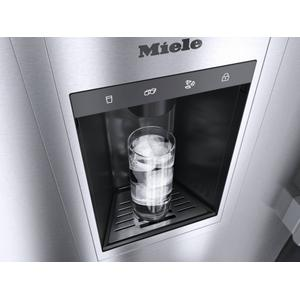 F 2472 Vi - Mastercool(tm) Freezer For High-End Design And Technology On A Large Scale.