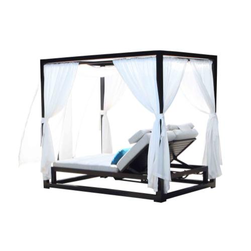 Apex Cabana Daybed