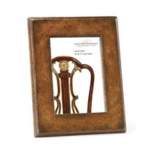 "5""X7"" Stepped Crotch Walnut Picture Frame"