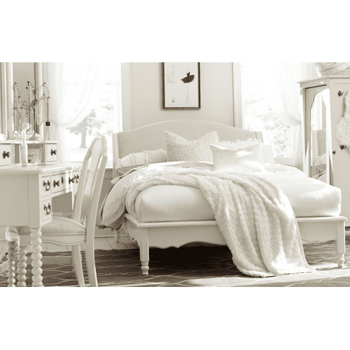 Inspirations by Wendy Bellissimo - Seashell White Avalon Platform Bed Full F 4/6