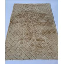 Soft Hand Carved Geometric Design Valentine Check Area Rug by Rug Factory Plus - 5' x 7' / Beige