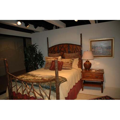 424 Forest Panel Bed (Queen Shown)