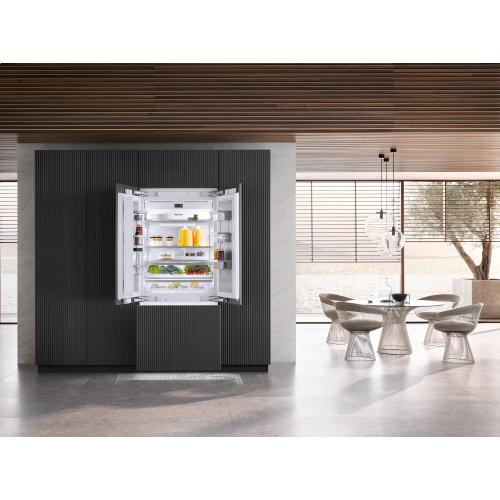 MasterCool FrenchDoor with high-quality features and maximum storage space for exacting demands.