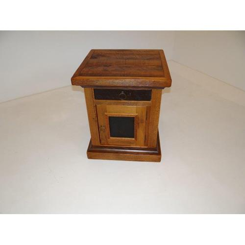 Glacier Bay - Deerbourne 1 Door 1 Drawer Nightstand