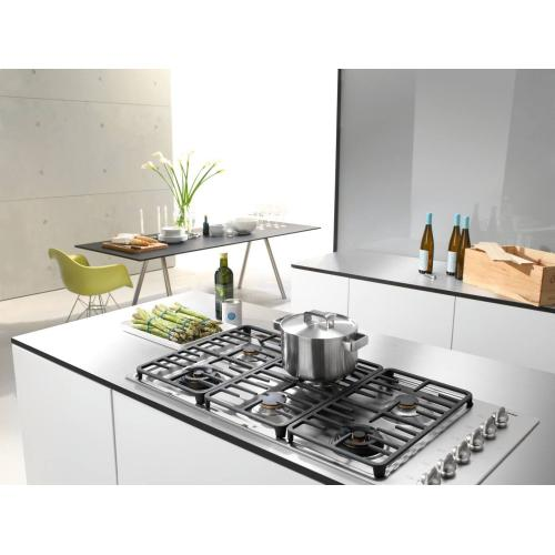 KM 3485 LP - Gas cooktop with 2 dual wok burners for particularly versatile cooking convenience.
