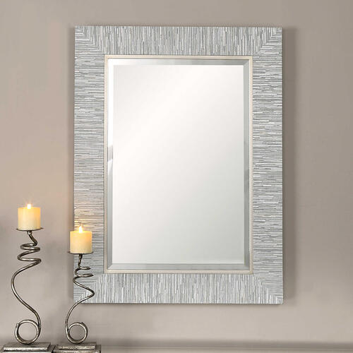 Belaya Mirror