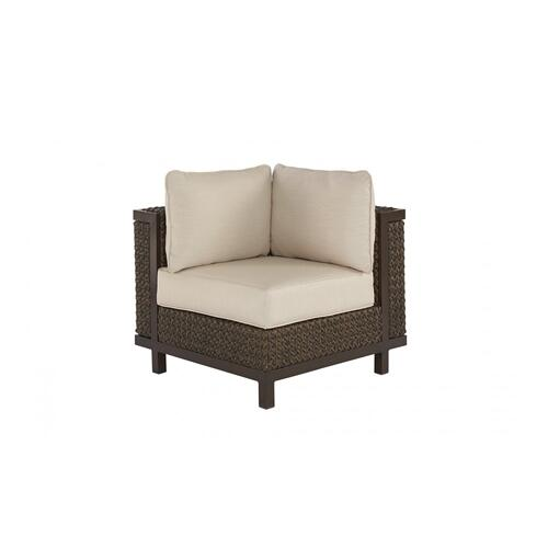 Epicenters Brentwood Outdoor Wicker Corner/End Chair