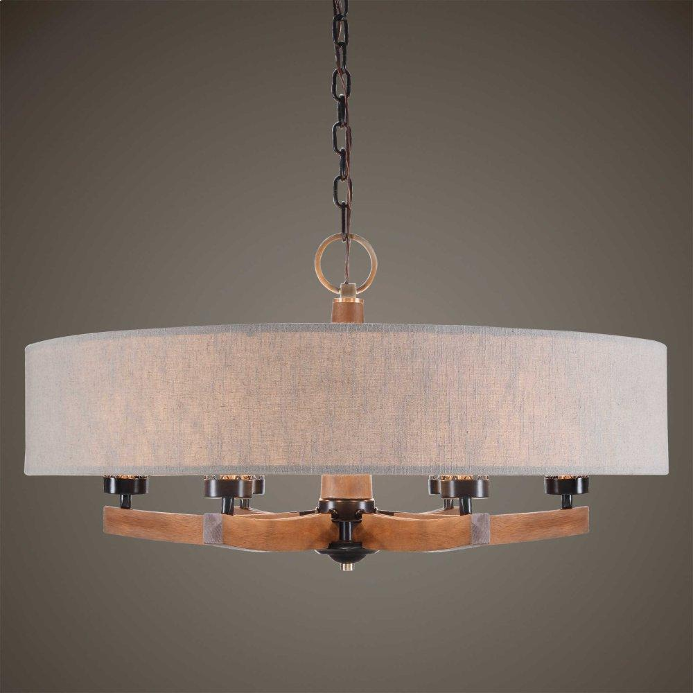 Woodall, 6 Lt Chandelier