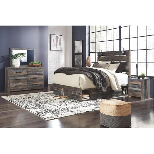 King Panel Bed With 4 Storage Drawers With Mirrored Dresser and Chest