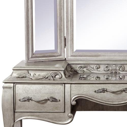 Pulaski Furniture - Rhianna 3 Drawer Vanity