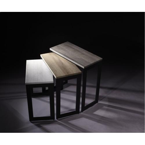 Social Nesting Tables
