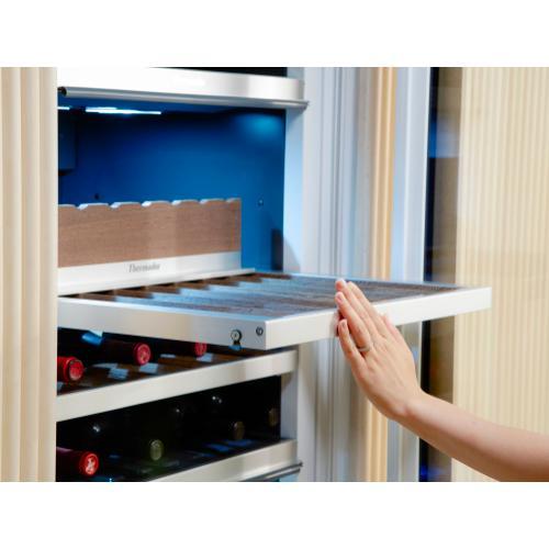 Thermador - Wine cooler with glass door 24'' T24IW905SP