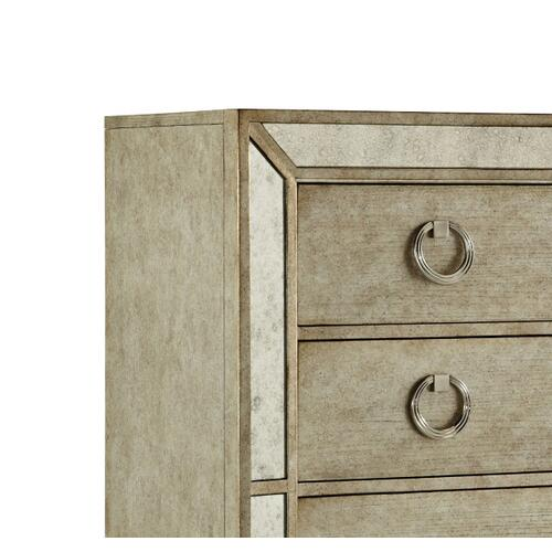 Pulaski Furniture - Farrah 5 Drawer Chest