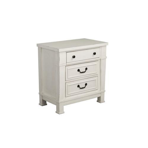 Chesapeake Bay 3-Drawer Nightstand, Vintage White